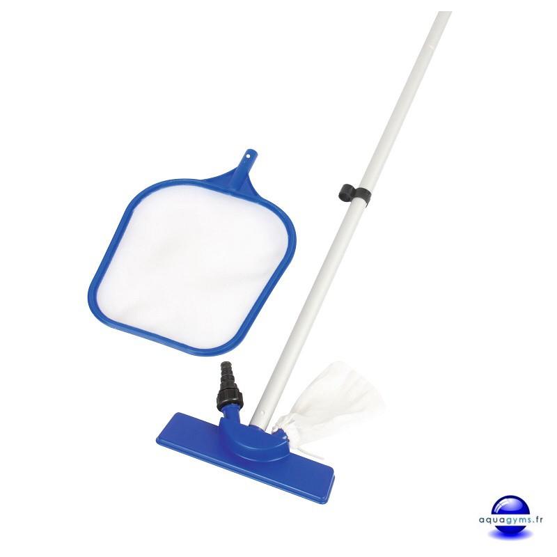 Kit de nettoyage piscine puisette et balai venturi for Nettoyage piscine