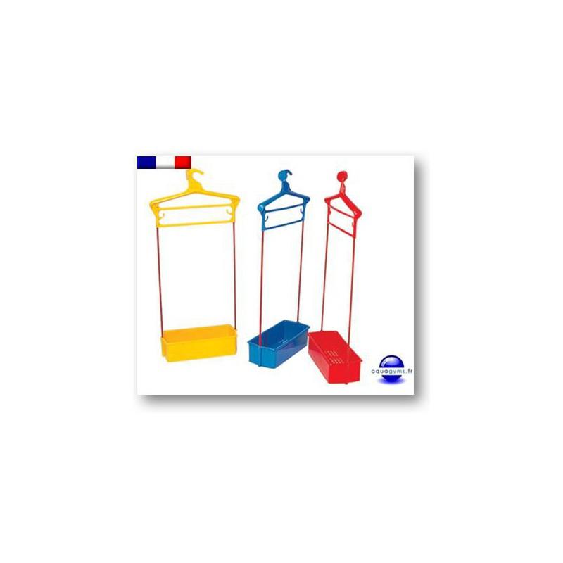 Porte habit piscine avec bac plastique non num rot for Piscine bac