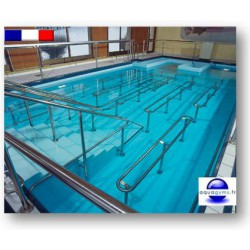 Couloir de nage piscine collective,