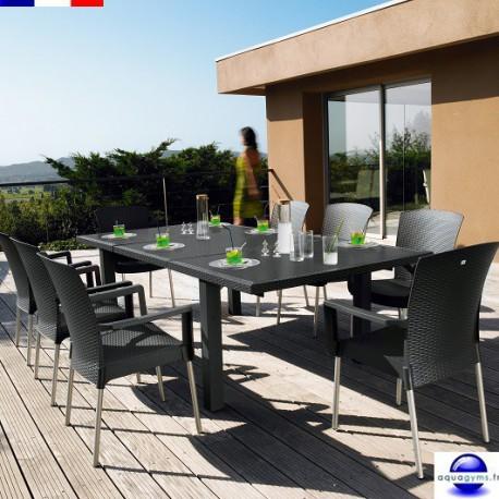 Salon de jardin en résine: 1 table de 2.40 m + 8 fauteuils