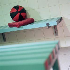 Nos bancs pour vestiaire de piscine bienvenue sur le for Vestiaires piscine