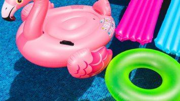 Matelas piscine : jetons nous à l'eau!