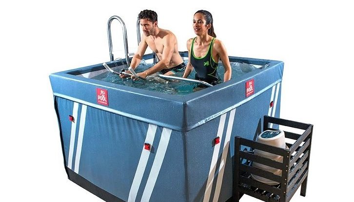 Bassin piscine pour faire de l'aquabike